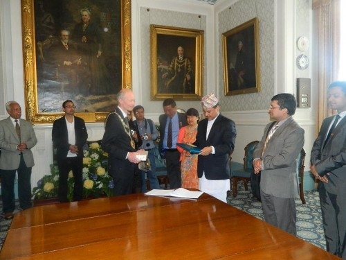 Mayor's Parlour: Mayor gift presentation to His Excellency the Ambassador of Nepal